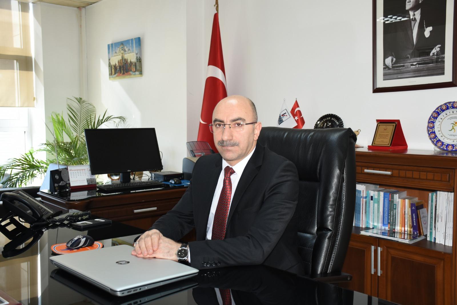 Türkiye'de Ağız ve Diş Sağlığı Hizmetlerinin Gelişimi ve Eğitim